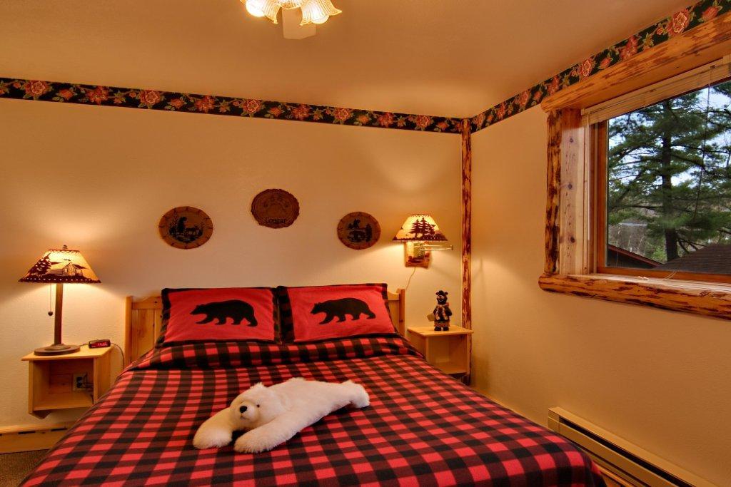 Log Cabins Meadowbrook Resort In Wisconsin Dells